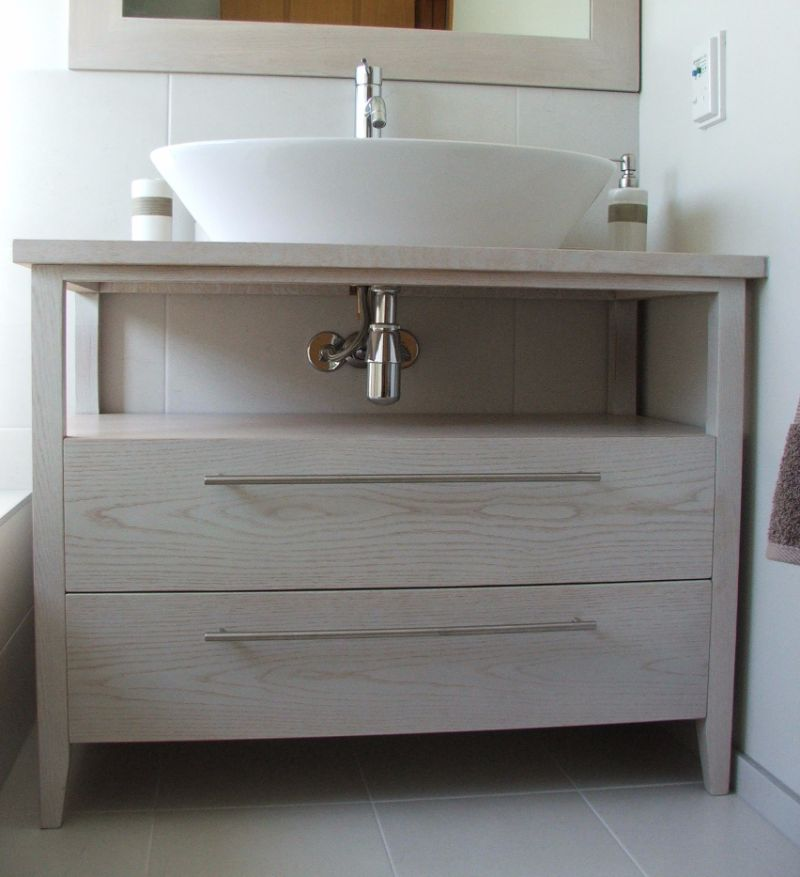 White washed oak vanity2